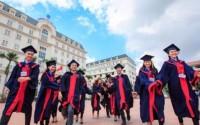 Phát triển lành mạnh các cơ sở giáo dục đại học