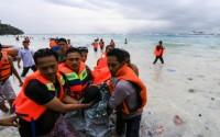 Hé lộ lý do 130 người thoát chết vụ phá chìm ở Indonesia