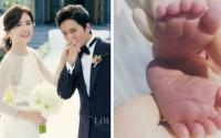 Hoa hậu Hàn Quốc Lee Bo Young và tài tử Ji Sung đón quý tử vào đúng ngày mùng 1 Tết