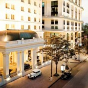 Review chi tiết Movenpick Hotel Hanoi