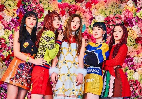 Không hổ danh là nhóm nữ visual, Red Velvet không cần trang điểm vẫn xinh đẹp hết nấc
