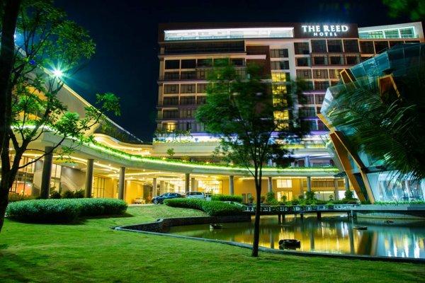 2N1Đ ở khách sạn The Reed Ninh Bình + xe Limousine khứ hồi + ăn sáng + ăn tối chỉ 1.199.000 đồng/khách