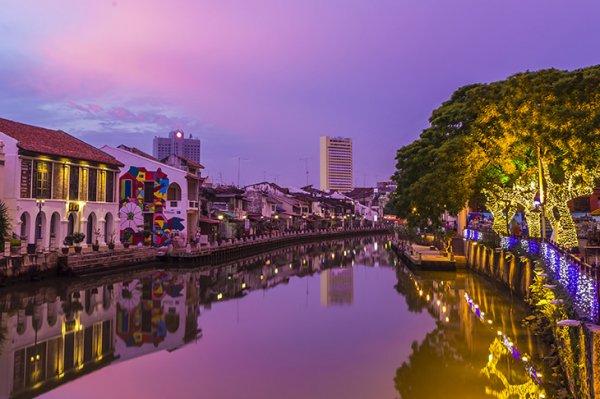 10 địa điểm tham quan không thể bỏ lỡ khi du lịch Malaysia