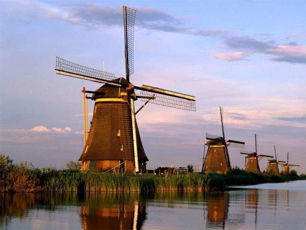 """""""Bí mật"""" ít người biết về cối xay gió - biểu tượng của người Hà Lan"""
