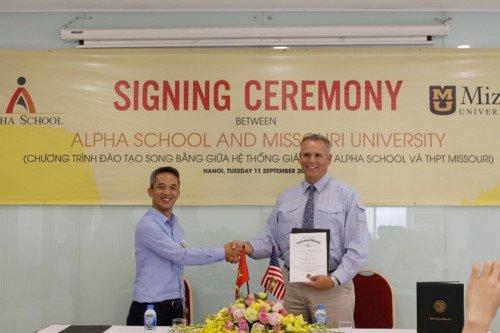 Tổ chức giáo dục Hoa Kì IAE trở thành đối tác chiến lược của Hệ thống giáo dục Alpha School
