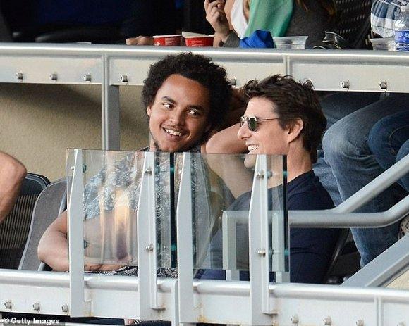 Tom Cruise cấm vợ cũ Nicole Kidman tham dự đám cưới con trai nuôi vì giáo phái Scientology