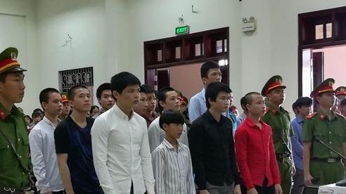 13 kẻ tham gia giết người, một bị đề nghị án chung thân
